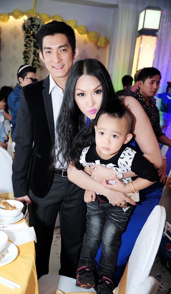 Chuyện trắng tay, đau ốm triền miên ở tuổi 31 của Phi Thanh Vân - Ảnh 1.