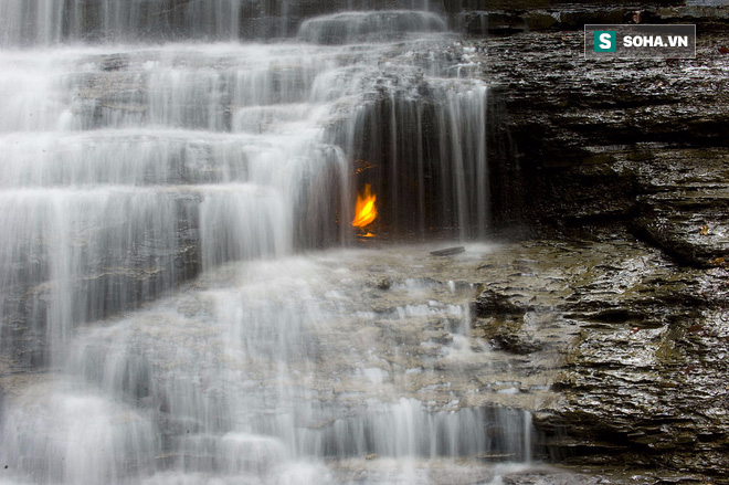 Bí ẩn ngọn lửa không bao giờ tắt đánh đố giới khoa học suốt trăm năm - Ảnh 2.
