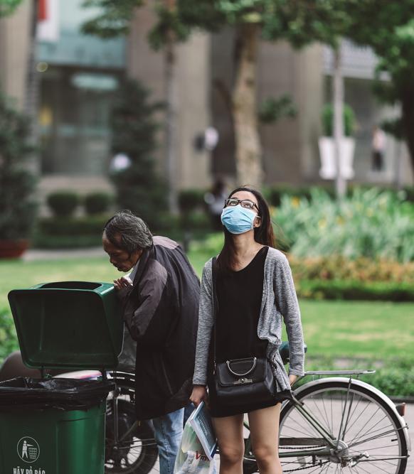Sài Gòn trở lạnh bất ngờ: Những hình ảnh mưu sinh xúc động - Ảnh 12.