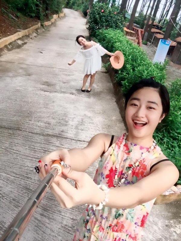 Mặt mộc Kỳ Duyên, Đỗ Mỹ Linh thua xa hoa hậu cùng tuổi này - Ảnh 10.