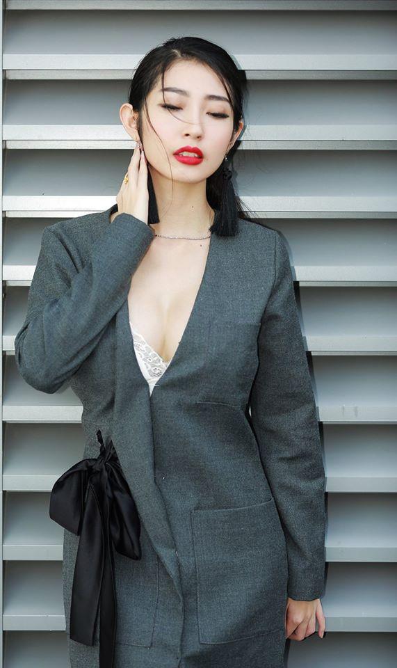 Khổng Tú Quỳnh sexy bất ngờ sau thời gian dài mất tích - Ảnh 10.