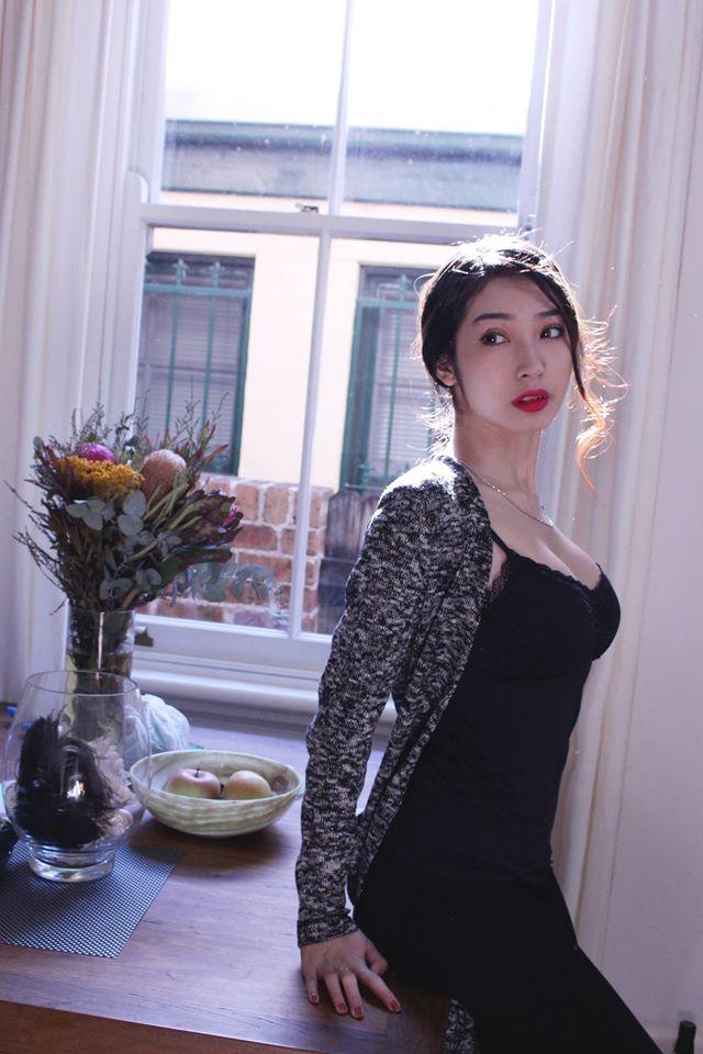 Khổng Tú Quỳnh sexy bất ngờ sau thời gian dài mất tích - Ảnh 13.