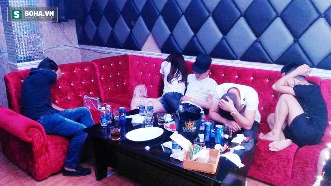 Hàng chục dân chơi phê ma túy trong nhà hàng ở trung tâm Sài Gòn - Ảnh 1.