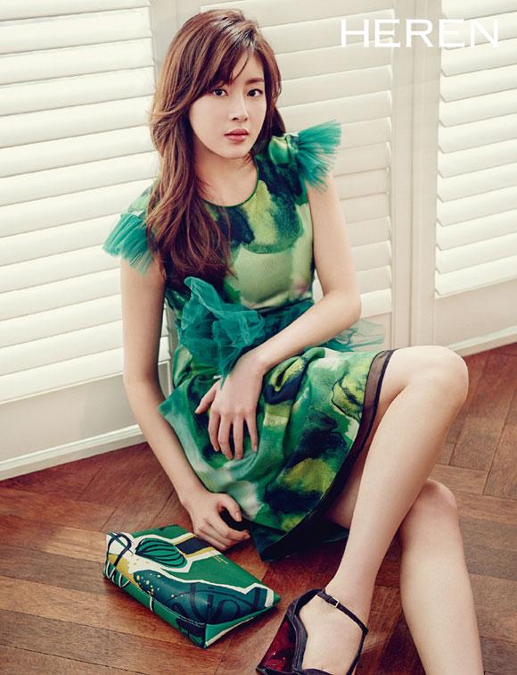 Vừa công khai hẹn hò Hyun Bin, Kang Sora đã bị so sánh với Song Hye Kyo - Ảnh 16.