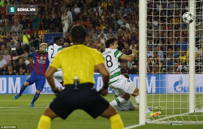 Messi vượt mặt Ronaldo trong ngày Barcelona thắng hủy diệt - Ảnh 4.