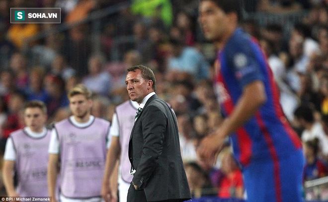Messi vượt mặt Ronaldo trong ngày Barcelona thắng hủy diệt - Ảnh 13.