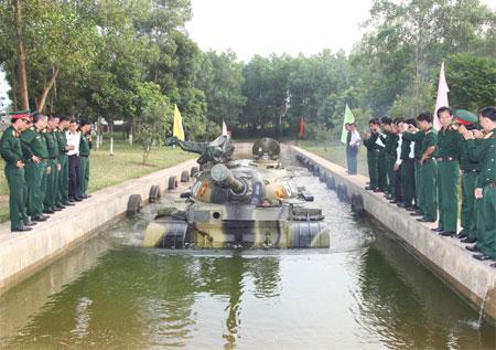 Lữ đoàn 202: Xe tăng bị mất trộm và cái kết bất ngờ! - Ảnh 1.