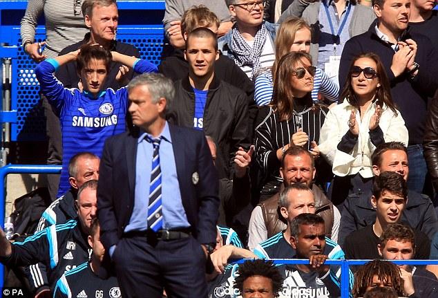 Bạn thân bóc mẽ điều tệ hại nhất của Mourinho - Ảnh 2.