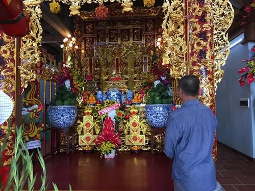 Cận cảnh bên trong nhà thờ trăm tỉ tráng lệ của Hoài Linh - Ảnh 15.
