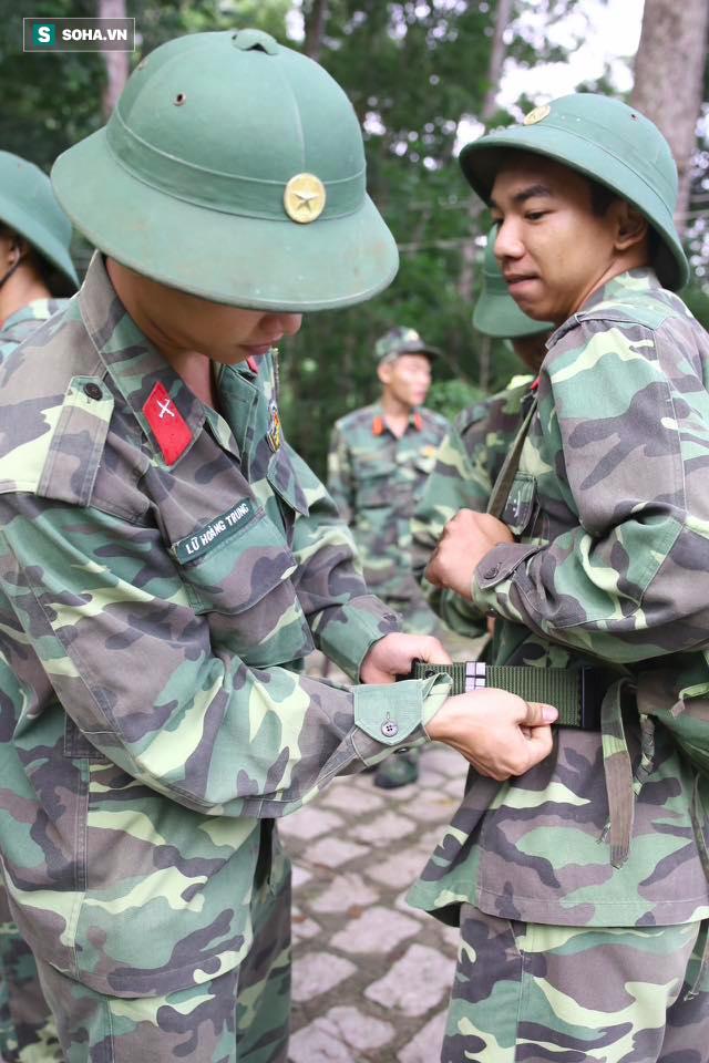 Hàng trăm chiến sĩ ngày thứ 2 tìm kiếm trực thăng rơi ở Vũng Tàu - Ảnh 7.