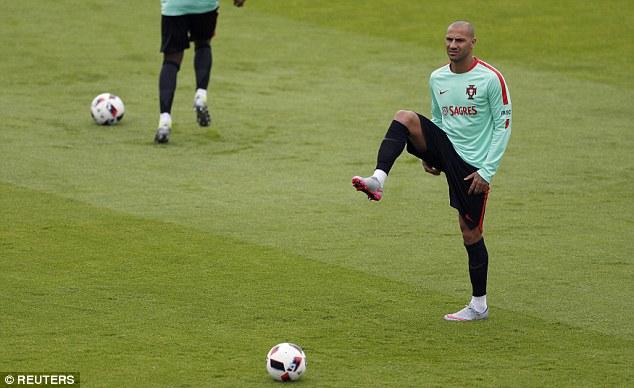 Ronaldo khoe điều khiến Ba Lan phải sợ - Ảnh 6.