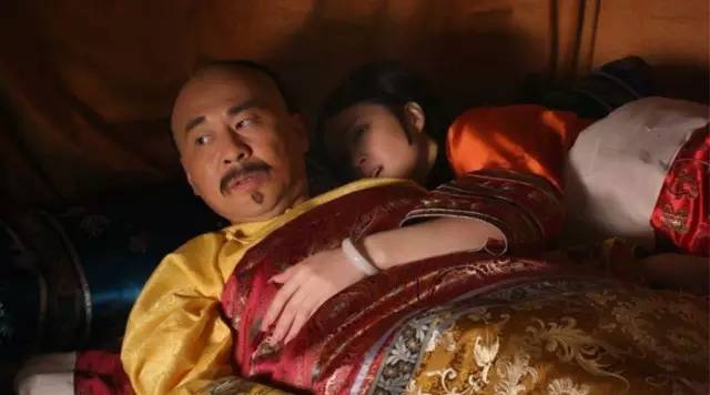 Khám phá chuyện giường chiếu khác người của Hoàng đế Trung Hoa - Ảnh 2.