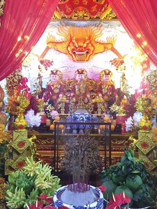 Cận cảnh bên trong nhà thờ trăm tỉ tráng lệ của Hoài Linh - Ảnh 16.