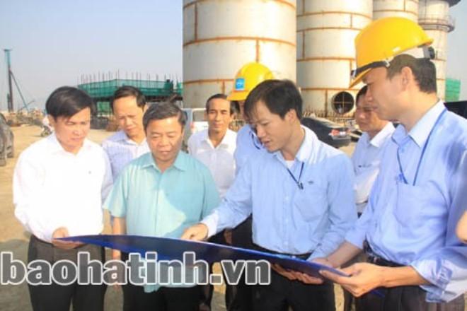 Ông Võ Kim Cự chỉ nói 3 câu khi bị chất vấn về việc cấp phép đầu tư 70 năm cho Fomorsa  - Ảnh 1.