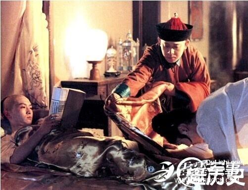 Khám phá chuyện giường chiếu khác người của Hoàng đế Trung Hoa - Ảnh 3.