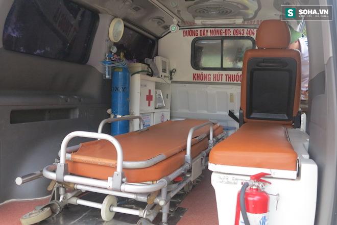 Tài xế vụ bảo vệ chặn xe cứu thương: Tôi không hú còi - Ảnh 3.