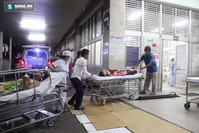 Chuyện ở phòng cấp cứu (1): Ma men chửi, đánh y tá, nôn thốc nôn tháo lên người bác sĩ - Ảnh 2.