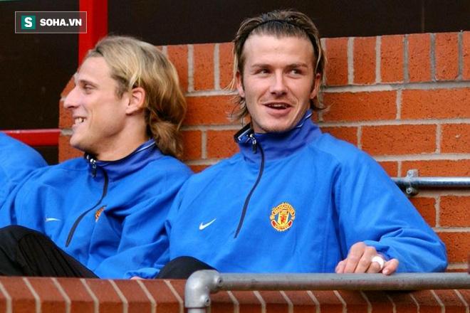 Những gì Alex Ferguson tâm huyết suốt 27 năm, Mourinho đã kịp phá sạch - Ảnh 2.