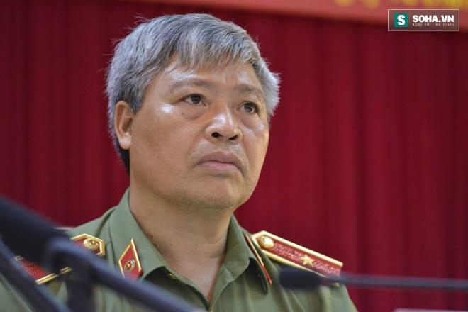 Khởi tố vụ Bí thư tỉnh ủy, Chủ tịch HĐND Yên Bái bị bắn: Em trai nghi phạm cũng từng giết người - Ảnh 1.