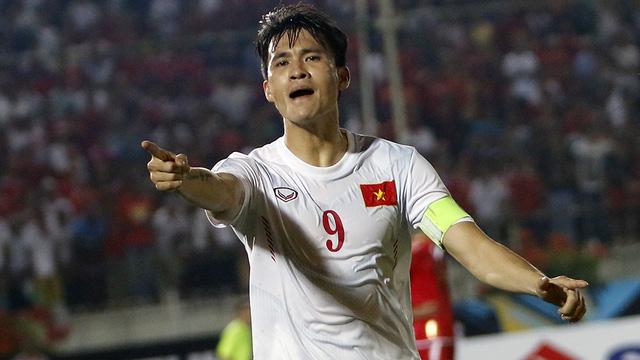 Trách Công Vinh vì nặng lời với Công Phượng, fan Việt hứng cơn mưa gạch đá - Ảnh 3.