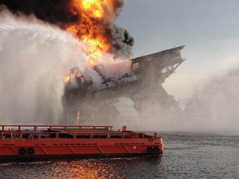 Deepwater Horizon - Thảm họa tồi tệ nhất từng xảy ra trong lịch sử nước Mỹ - Ảnh 2.