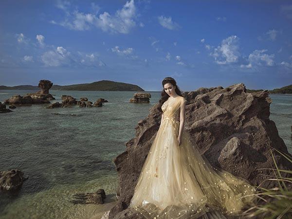Hoa hậu Đỗ Mỹ Linh và điều dở trong cách ăn mặc - Ảnh 7.