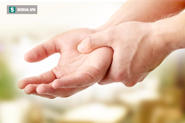 Những dấu hiệu cảnh báo sớm căn bệnh hiện không có thuốc chữa trị nhưng đang tăng mạnh - Ảnh 2.