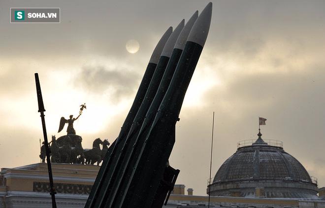 Nga gặp khách sộp: Vừa muốn mua MiG-29, lại chuẩn bị đặt hàng tên lửa Buk - Ảnh 1.