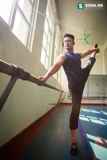 Cuộc sống chưa từng biết của NSƯT Ballet trẻ nhất Việt Nam - Ảnh 16.