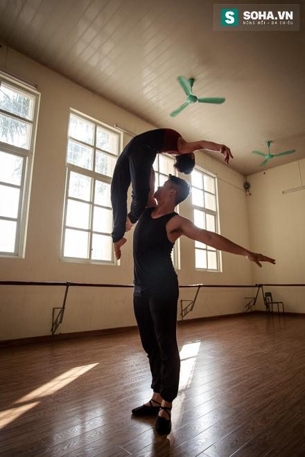 Cuộc sống chưa từng biết của NSƯT Ballet trẻ nhất Việt Nam - Ảnh 25.