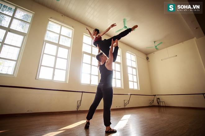 Cuộc sống chưa từng biết của NSƯT Ballet trẻ nhất Việt Nam - Ảnh 27.