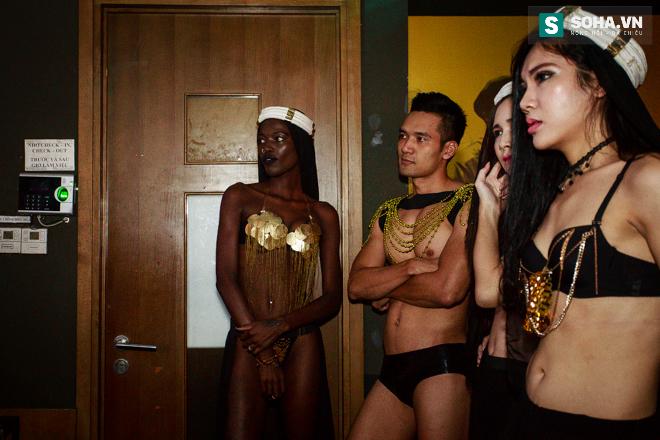 Cuộc sống mưu sinh của người mẫu Châu Phi tại Việt Nam - Ảnh 17.