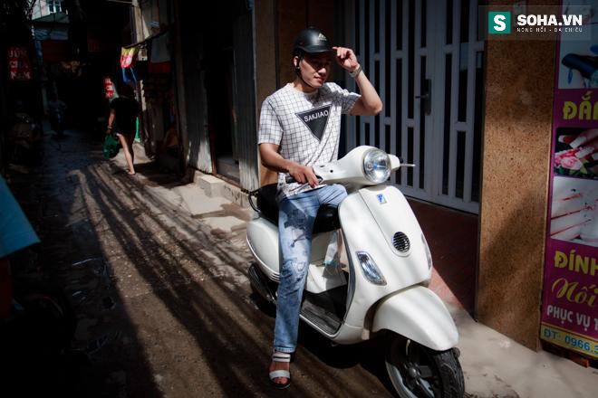 Cuộc sống khó tin của hot boy Việt: Ngày sửa điện thoại, tối làm vũ công nóng bỏng - Ảnh 2.