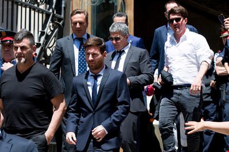 Nhận án tù, Messi bất ngờ cảm ơn Ronaldo - Ảnh 2.