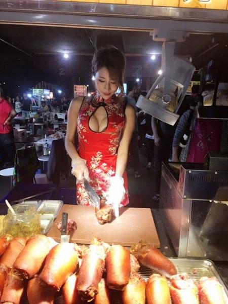 Chân dung cô chủ quán thịt nướng khiến khách hàng không dám từ chối - Ảnh 1.