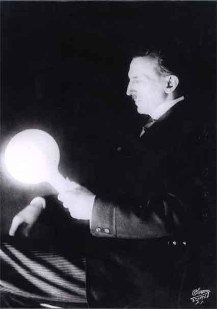 Bộ ảnh độc nhất vô nhị đến giờ mới tiết lộ của về nhà khoa học điên Tesla - Ảnh 7.