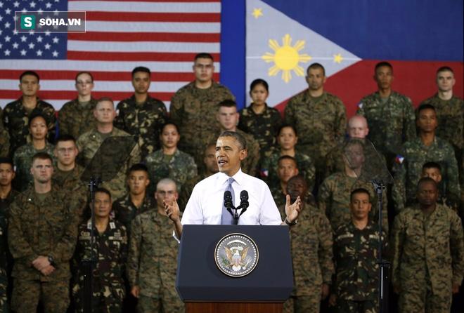 Mỹ và Trung Quốc đang bị ông Duterte chơi mèo vờn chuột - Ảnh 2.
