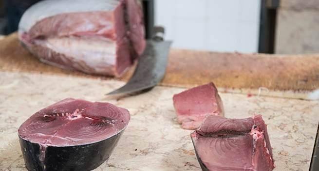 Các loại hải sản có thể gây ngộ độc - Ảnh 1.