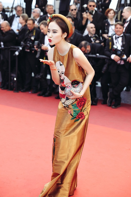 Cánh phóng viên ảnh Cannes 2016 xứng đáng bị kỷ luật! - Ảnh 2.