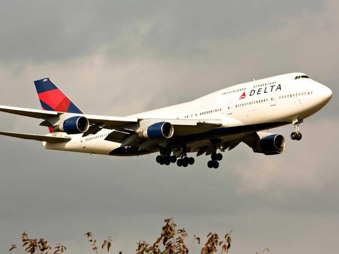 Cận cảnh nhà máy của Boeing - nơi lắp ráp nên chiếc 747 huyền thoại - Ảnh 1.