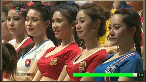 Người đứng sau dàn hotgirl trong 'Nóng cùng Euro 2016' là ai? - Ảnh 1.
