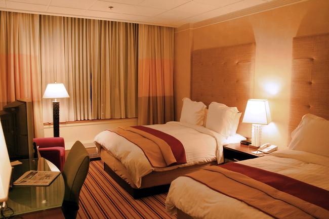 Đây là lý do bạn nên chụp ảnh ngay khi vừa check in và nhận phòng khách sạn - Ảnh 1.