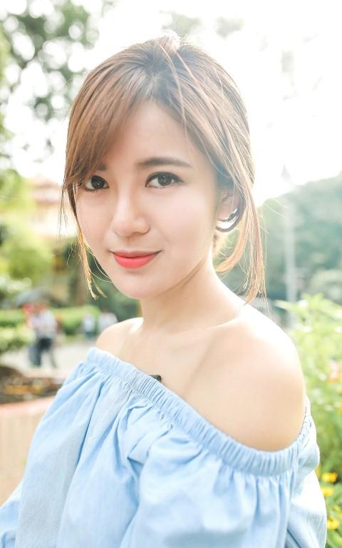 Hotgirl Tú Linh: Ghét Anh, thích Pháp nhưng tin Đức sẽ vô địch - Ảnh 1.