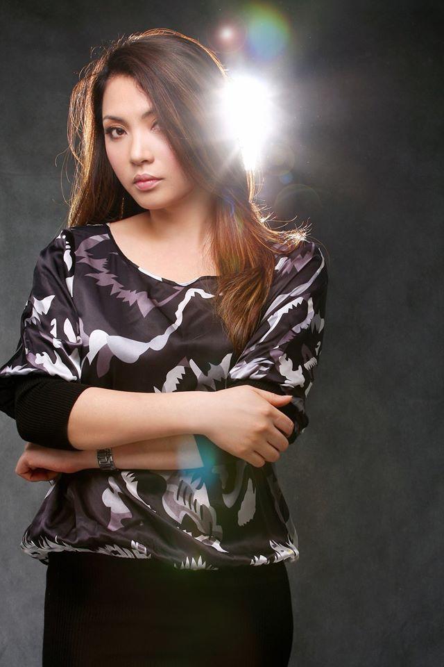 Chân dung chị gái ruột xinh đẹp ít người biết của Hồ Quỳnh Hương - Ảnh 8.