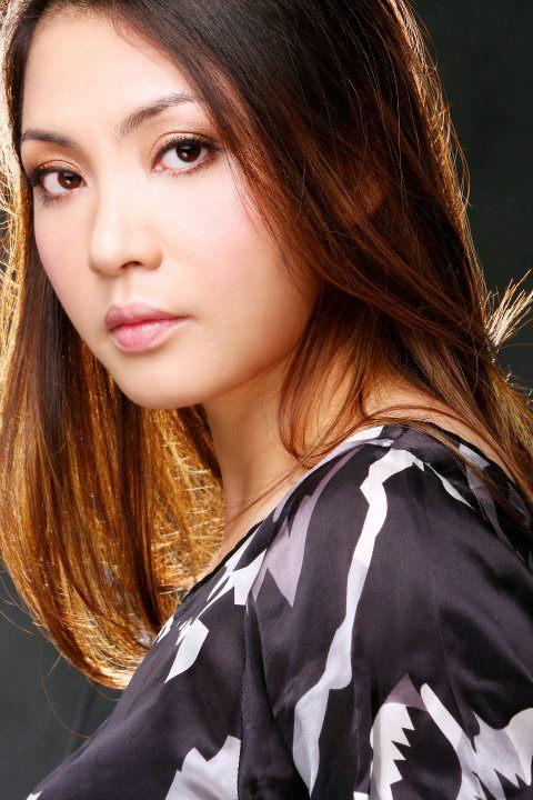 Chân dung chị gái ruột xinh đẹp ít người biết của Hồ Quỳnh Hương - Ảnh 10.