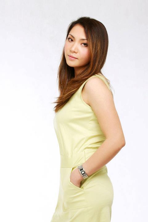 Chân dung chị gái ruột xinh đẹp ít người biết của Hồ Quỳnh Hương - Ảnh 12.