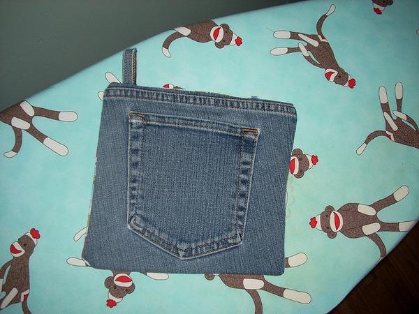 Ai cũng có một mớ quần jeans cũ nhưng chẳng ai nghĩ đến sẽ dùng chúng như thế này cả - Ảnh 1.