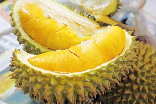 Những tác dụng phụ bạn cần biết khi ăn nhiều sầu riêng - Ảnh 1.