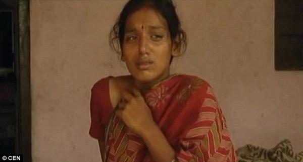 Con dâu bị mẹ và chị chồng đổ axit lên bụng để phá thai vì nghi sinh con gái - Ảnh 1.