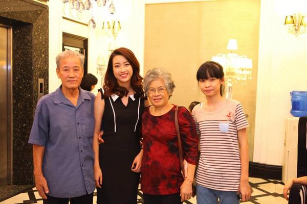 Em gái nhỏ tuổi xinh xắn ít ai biết của Tân Hoa hậu Việt Nam 2016 Đỗ Mỹ Linh - Ảnh 1.